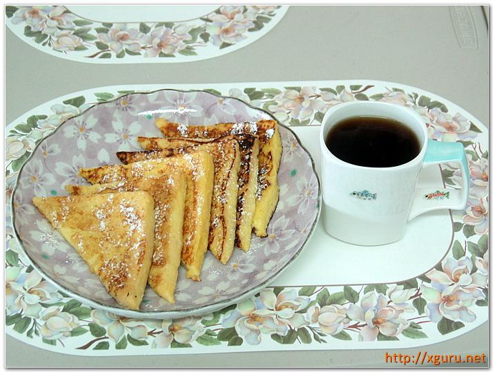 커피와 프렌치 토스트